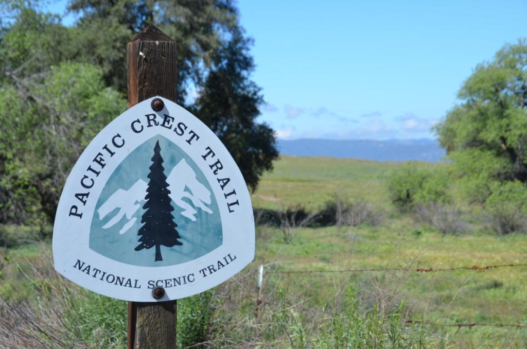 Pacific Crest Trail - PCT Wegweise - WanderVeg Spezial